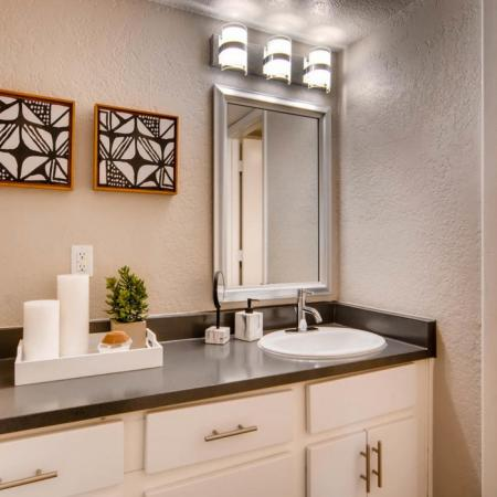 Spacious Bathroom | Scottsdale AZ Apartment For Rent | The Glen at Old Town Apartments