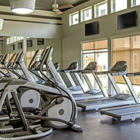 Cutting Edge Fitness Center | Lake Charles Louisiana Apartments | Watervue