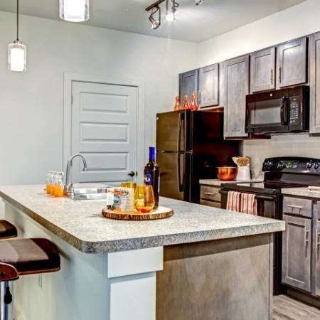 Luxurious Kitchen | Lake Charles Apartments | Watervue