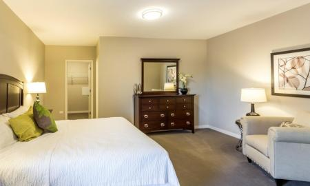 Elegant Master Bedroom | Apartment Homes In Lombard | Apex 41