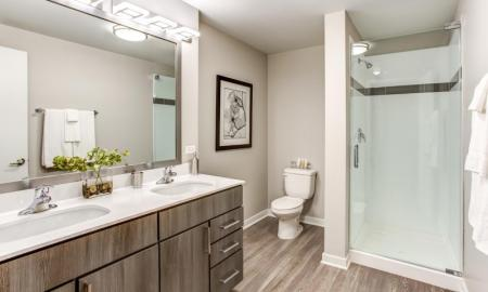 Spacious Bathroom | Apartment Homes In Lombard | Apex 41