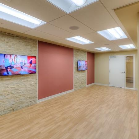 Resident Yoga Room | Lombard Apartments | Apex 41