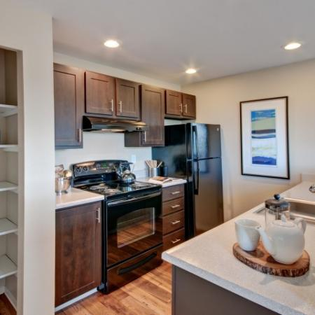 Luxurious Kitchen | Renton Luxury Apartments | Montclair Heights 6