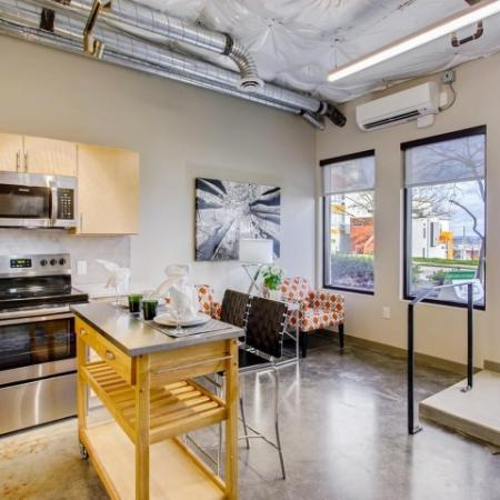 State-of-the-Art Kitchen | Tacoma  WA Apartment Homes | VUE25 Apartments