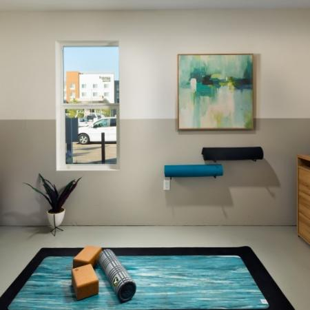 Community Yoga Studio | 2 and 3 Bedroom Apartments in San Marcos | Anden