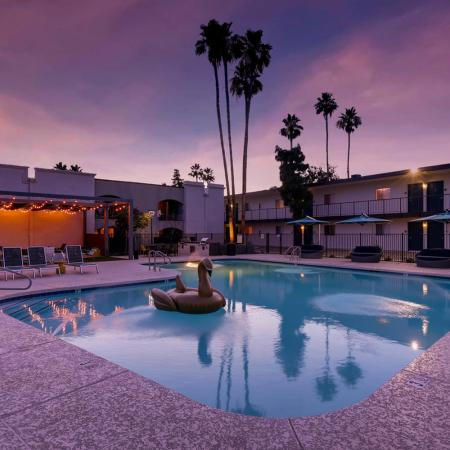 Swimming Pool | Apartment Homes in Scottsdale, AZ | The Glen at Old Town Apartments