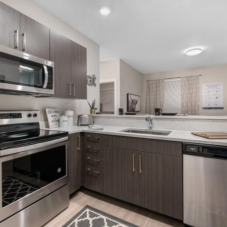 Modern Kitchen | Purdue Apartments Off Campus | Aspire at Discovery Park