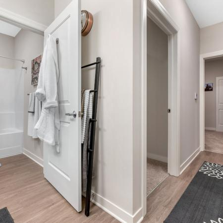 Luxurious Bathroom | Apartments In West Lafayette Indiana Near Purdue | Aspire at Discovery Park