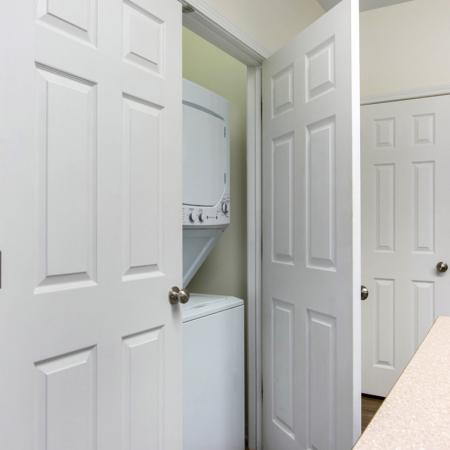 In-home Laundry| Apartments Near Uncw Campus | Aspire 349