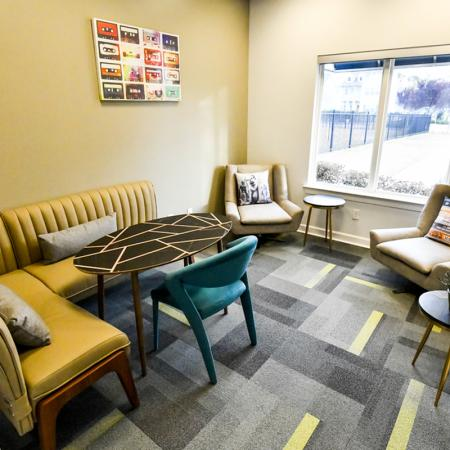 Resident Study Lounge | Uncw Off Campus Apartments | Aspire 349