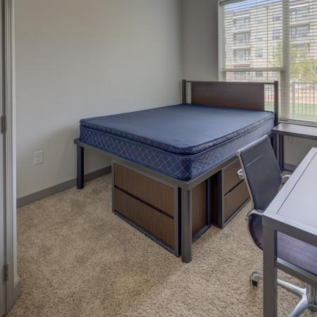 Vast Bedroom | Richardson Apartments | Northside