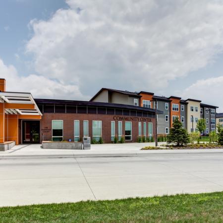 UIowa University Apartments | Aspire at West Campus