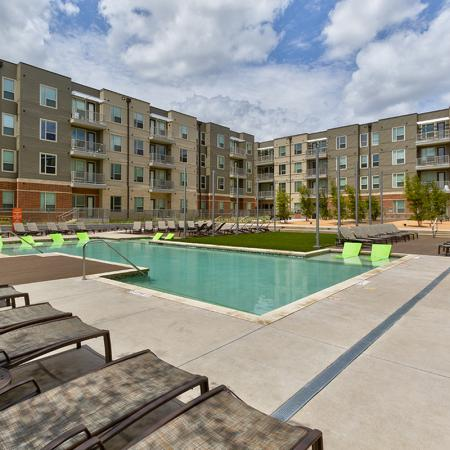 Sparkling Pool | Richardson Apartments | Northside