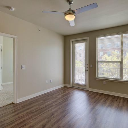 Luxurious Living Room | Utd Off Campus Housing | Northside