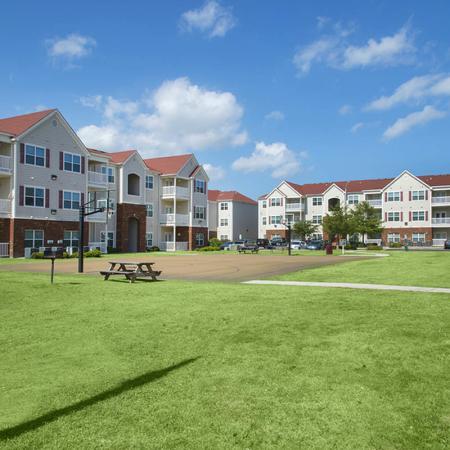Apartments Near Uncw Campus | Aspire 349