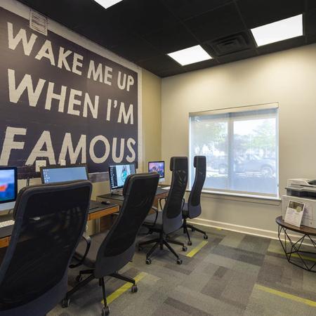 Community Business Center | Uncw Off Campus Housing | Aspire 349