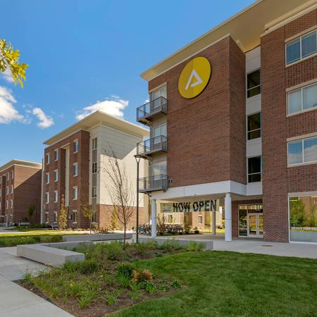 exterior | purdue student apartments | aspire at discovery park