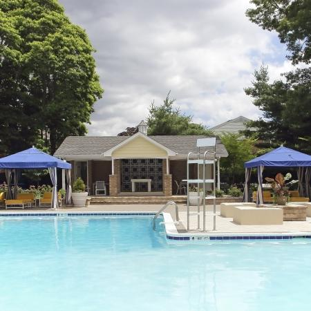 Massapequa Apartment Swimming Pool - Southpoint Apartment Homes