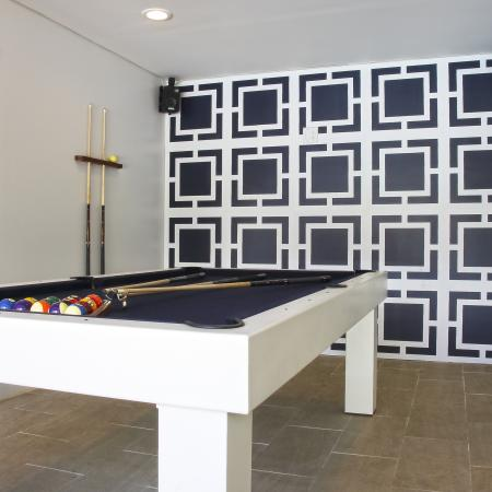 Massapequa Apartment Game Room - Southpoint Apartment Homes