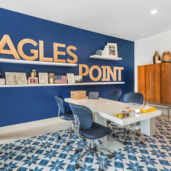Contact Eagle's Point Apartments At Tampa Palms