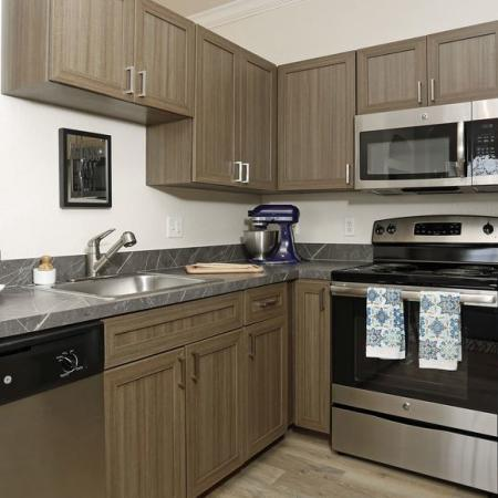 Grandeville at River Place Interior | Kitchen | Stainless steel appliances | Pantries