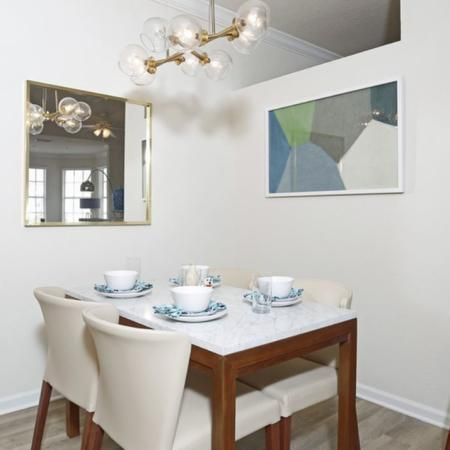 Grandeville at River Place Interior | Dining Room | Breakfast bar | Table and chairs