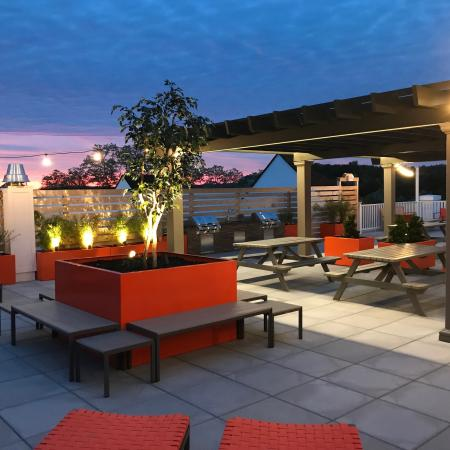 Elmsford Apartment Outdoor Area - Apex at 290