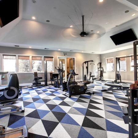 Parker Apartment Gym - Briargate On Main