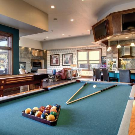 Parker Apartment Game Room - Briargate On Main