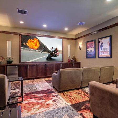 Parker Apartment Movie Room - Briargate On Main