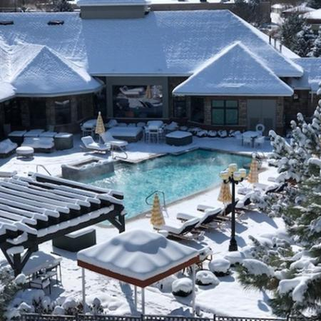 Apartment Pool View With Snow