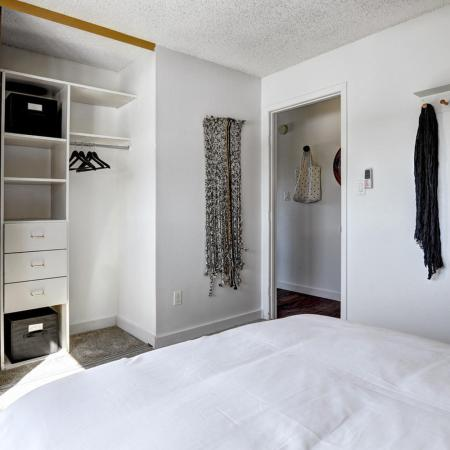 Golden Apartment Bedroom - The Summit at Red Rocks