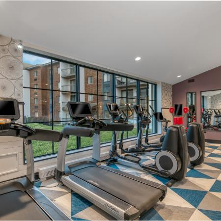 Lombard Apartments Fitness Center - Residences at Lakeside