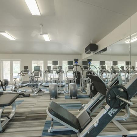 Community Fitness Center | Apartments The Woodland TX | The Mansions Woodland