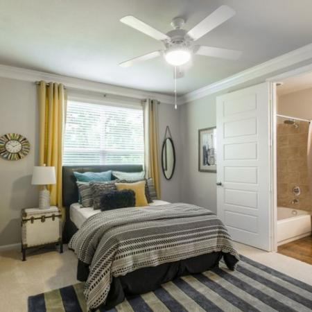 Spacious Master Bedroom | Conroe TX Apartments | The Mansions Woodland