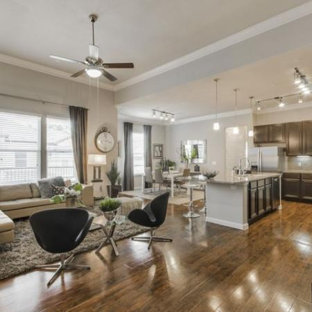 Spacious Living Area | Conroe TX Apartments | The Mansions Woodland