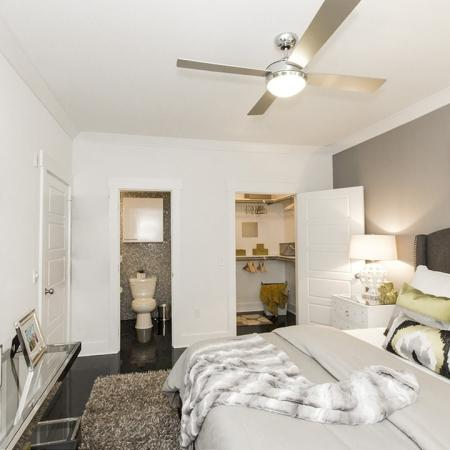 Spacious Master Bedroom   Apartments For Rent Conroe TX   The Towers Woodland