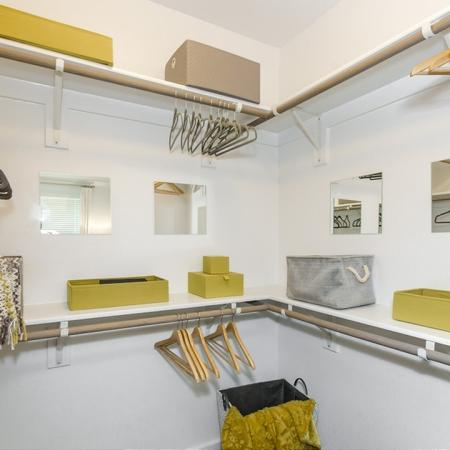 Spacious Closet   Apartments In Conroe TX   The Towers Woodland