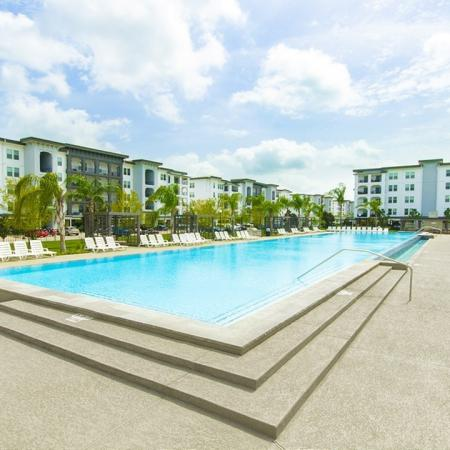 Swimming Pool | Conroe Apartments | The Towers Woodland
