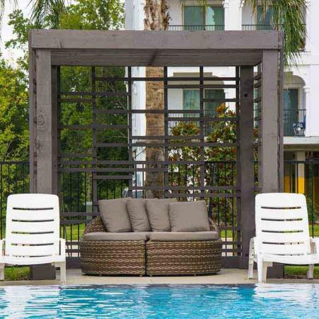 Sparkling Pool   Apartments Conroe TX   The Towers Woodland