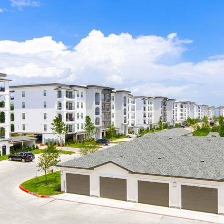 Apartments Conroe TX | The Towers Woodland