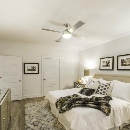 Vast Master Bedroom   Apartments In Conroe Texas   The Towers Woodland