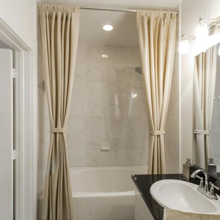 Vast Master Bathroom   Apartments In Conroe Texas   The Towers Woodland
