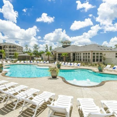 Resort Style Pool | Magnolia Apartments | The Estates Woodland
