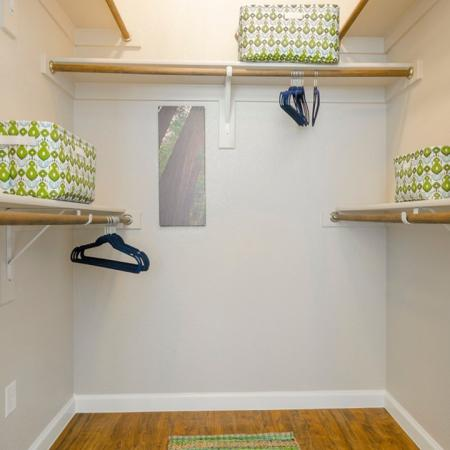 Closet Storage Space | Conroe TX Apartments | The Mansions Woodland