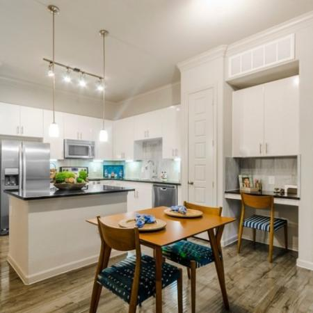 Elegant Dining Room | Apartments McKinney | The Mansions McKinney 2