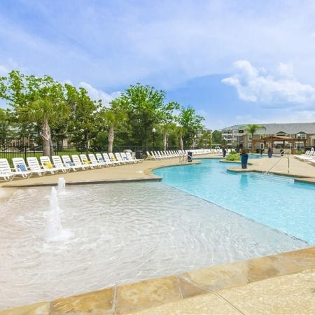 Sparkling Pool | Apartments for rent in Magnolia, TX | The Mansions on the Park