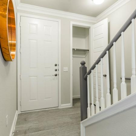 Spacious Hallway | Apartments In Austin TX | The Mansions at Travesia