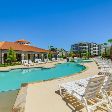 Swimming Pool | Apartments For Rent In Austin TX | The Mansions at Travesia