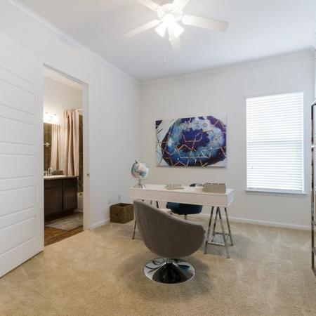 Elegant Bedroom | Apartment Homes In CONROE | The Grand Estates in the Forest